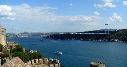 Repairs on 2 Bosporus bridges to clog Istanbul traffic