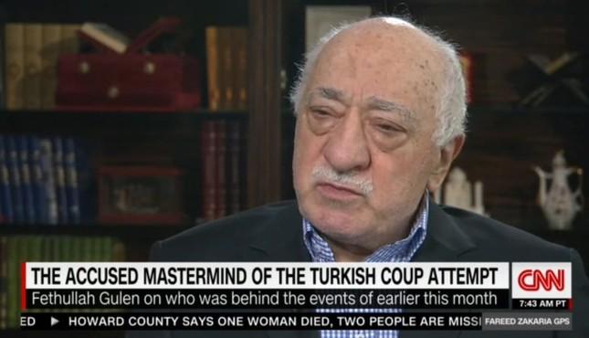 Fetullah Gülen during the program
