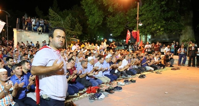اتحاد العلماء المسلمين: العالم الغربي يتعامل بازدواجية تجاه ما يحدث في تركيا