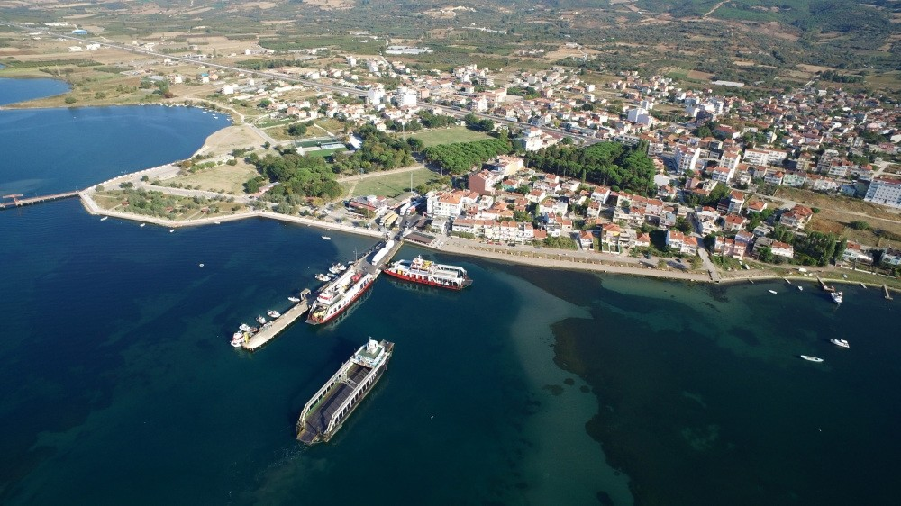 The Canakkale 1915 bridge, named in memory of the country's historic victory in the region during WWI, will span over 2,000 meters between Lapseki and Gelibolu (Gallipoli) in northwestern Turkey.