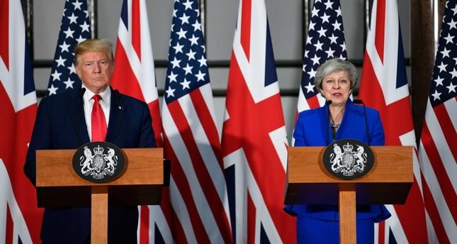 الرئيس الأمريكي دونالد ترامب في مؤتمر صحفي مع رئيسة الوزراء البريطانية تيريزا ماي في لندن