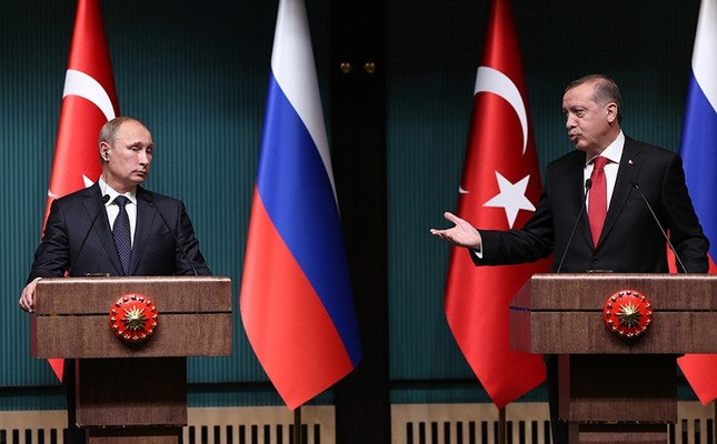 In this file photo dated December 01, 2014, Turkish President Recep Tayyip Erdoğan holds a joint press meeting with his Russian counterpart Vladimir Putin at the presidential complex in Ankara. (Photo: Sabah/Ali Ekeyılmaz)