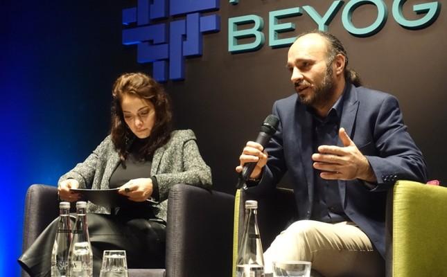 Jury member Sezin Akbaşoğulları (L) and festival director Faysal Soysal at the publicity meeting.