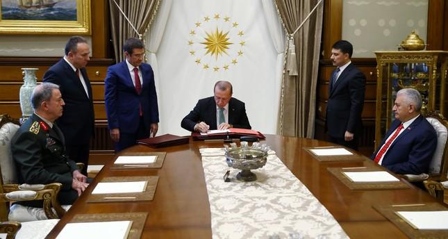 أردوغان يصدّق على قرارات مجلس الشورى العسكري الأعلى