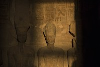 Thousands flock to see sun illuminate statue of Ramses II on his birthday