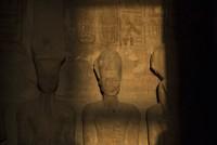 Thousands flock to see sun illuminate statue of Ramses II on his birthday
