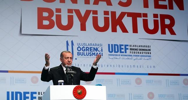 أردوغان: الطلاب الأجانب سيحصلون على تصاريح إقاماتهم من الجامعات
