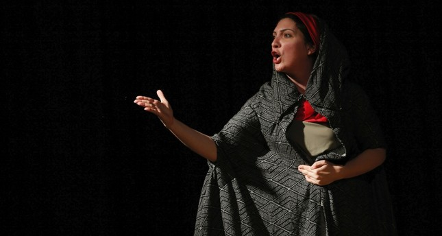 Plight of immigrant women takes center stage in İzmir