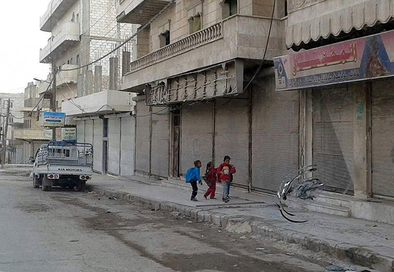 Stores in Manbij had been previously shut down to protest PYD terrorism (AA File Photo)