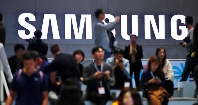 Samsung shuts down factory complex over coronavirus