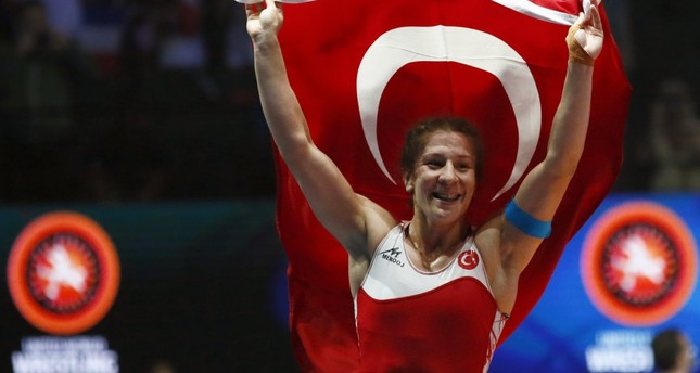 Turkish wrestlers launch Europe campaign