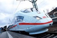 Trotz massiver Probleme beim Start der Schnelltrasse Berlin-München verzeichnet die Bahn schon im ersten Monat einen Passagierrekord zwischen beiden Städten.