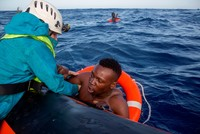 100 migrants feared dead in boat capsize off Libya