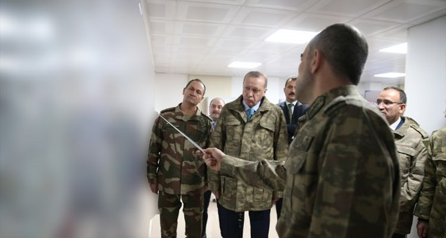 President Recep Tayyip Erdoğan receives briefing about the ongoing military operation in Syria's Afrin. (Source: Turkish Armed Forces)