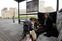 Beggars should be removed before UK royal wedding, Windsor council leader