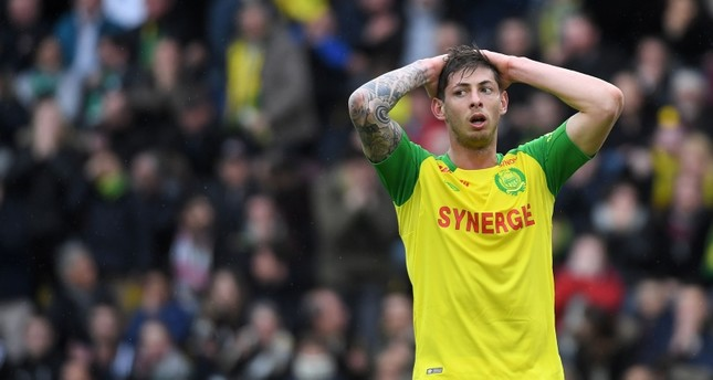 Nantes' Argentinian forward Emiliano Sala reacts during the French L1 football match between Nantes and Saint-Etienne at the La Beaujoire Stadium in Nantes, western France, on April 1, 2018. (AFP Photo)