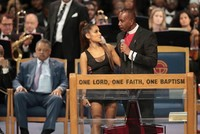 Bishop apologizes to Ariana Grande after moves during Aretha Franklin funeral face public backlash