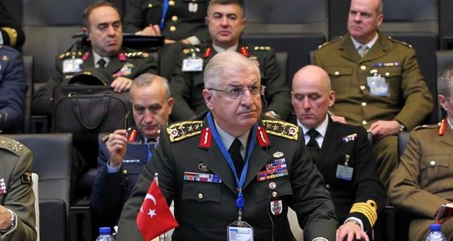 رئيس الأركان التركي يؤكد لنظيره الأمريكي ضرورة إقامة المنطقة الآمنة دون إضاعة وقت