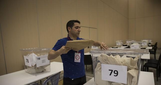 السلطات التركية تتخذ إجراءات قانونية بحق 10 أجانب حاولوا التدخل بالانتخابات