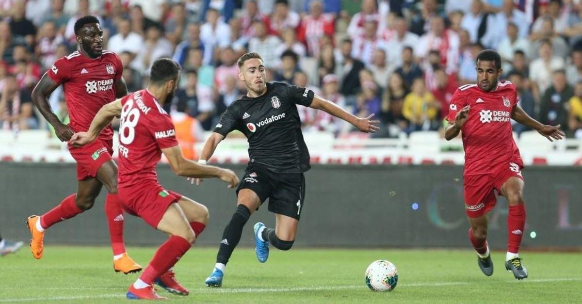 Be?ikta? will host leader Sivasspor at Vodafone Park in Istanbul. (AA Photo)
