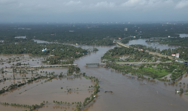 View of a flooded area is pictured in the north part of Kochi, in the Indian state of Kerala on August 18, 2018. (AFP Photo)