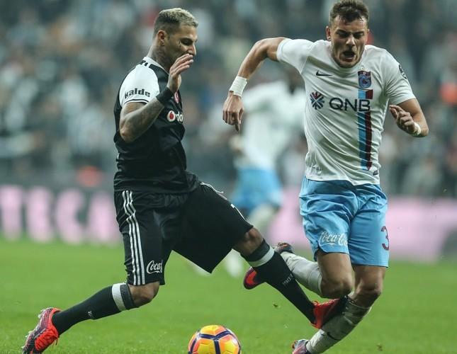 Invincible Trabzonspor host league leader