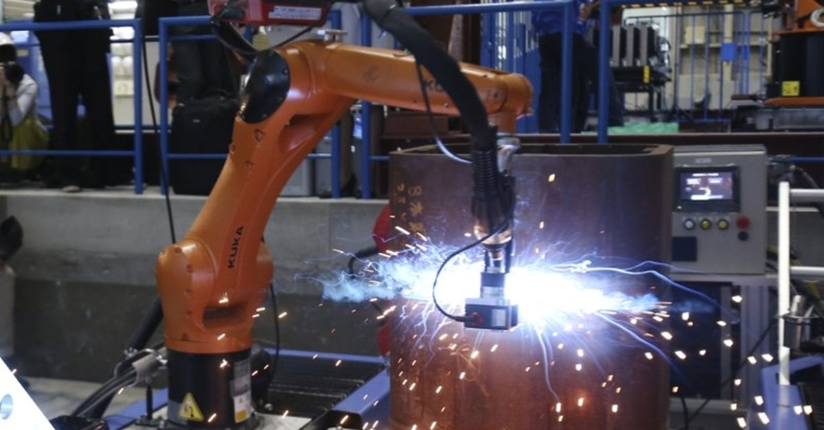 himizu Corp.'s Robo-Welder is demonstrated during a press tour to the major Japanese construction company's robot laboratory in Tokyo, Monday, April 23, 2018. (AP Photo)