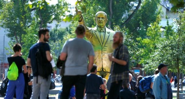 A statue of President Recep Tayyip Erdoğan is seen during the art exhibition Wiesbaden Biennale in Wiesbaden, Germany, August 28, 2018. (Reuters Photo)