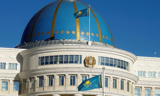 National flags and emblem are seen on Akorda, the official residence of Kazakhstan's President, in Astana, Kazakhstan, September 4, 2016. (Reuters Photo)