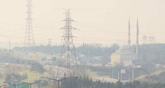 Pollution levels increased in Istanbul on Tuesday. DHA Photo