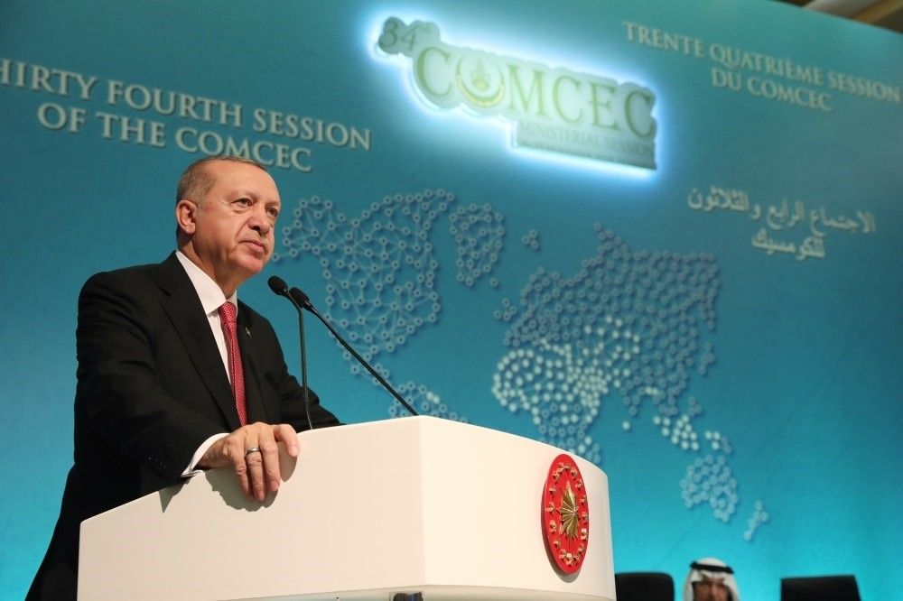 President Recep Tayyip Erdou011fan speaks at the 34th meeting of the Standing Committee for Economic and Commercial Cooperation of the Organization of Islamic Cooperation (COMCEC) Ministerial Session in Istanbul, yesterday.
