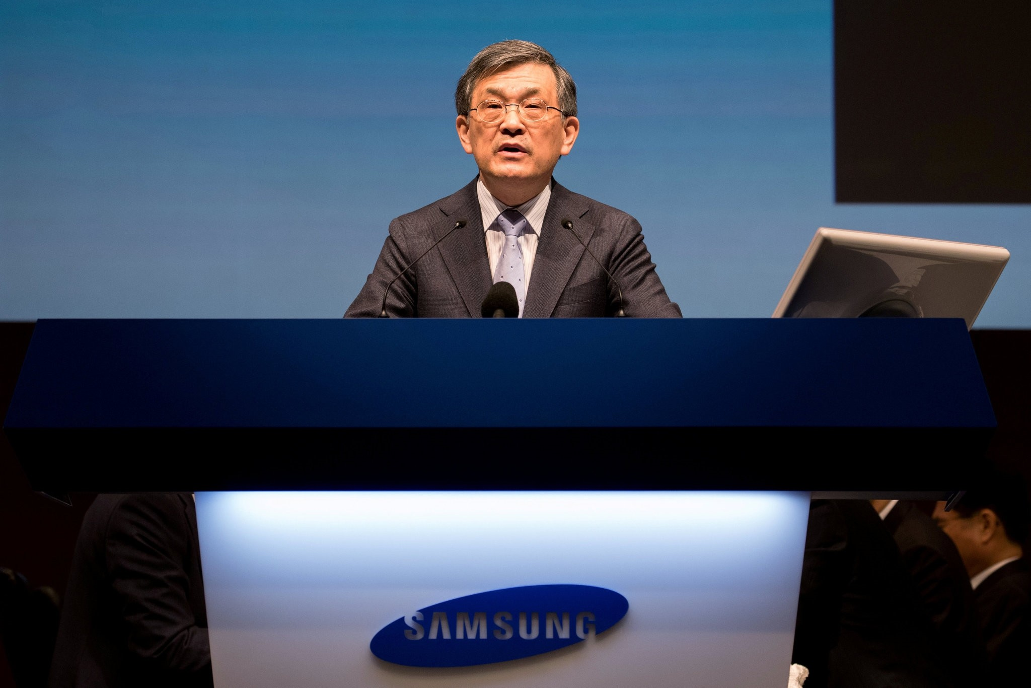 Kwon Oh-Hyun, co-chief executive officer of Samsung Electronics Co., speaks during the company's annual general meeting at the Seocho office building in Seoul, March 24, 2017. (REUTERS Photo)