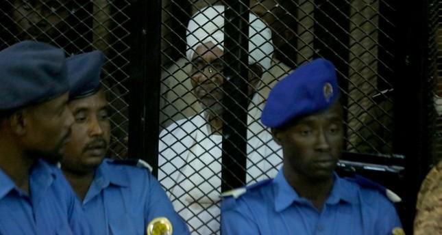 إدانة البشير بقضية فساد وحكم بقضاء عامين في دار للإصلاح الاجتماعي