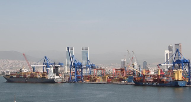 Turkey's foreign trade volume dropped to $32 billion in October, and the country posted a foreign trade deficit of $529 million.