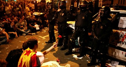 pThe Spanish Police's Colonel Pérez de los Cobos has been tasked by the public prosecutor's office with taking over control of the Catalan Mossos d'Esquadra [Squad Lads/Squaddies] to maintain order...