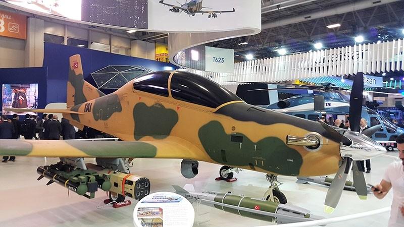 Hu00fcrkuu015f trainer aircraft (Sabah File Photo)