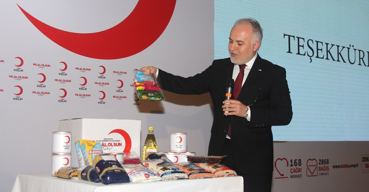 Turkish Red Crescent President Kerem Ku0131nu0131k shows contents of aid packages that will be delivered to the needy during Ramadan, to the reporters in Istanbul, April 25, 2019.