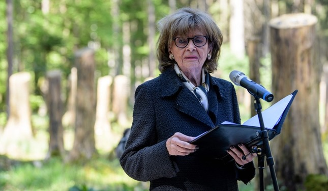 This April 27, 2018, photo shows Charlotte Knobloch, president of the Jewish Community Munich, giving a speech during a ceremony to inaugurate a memorial site at the former Muehldorfer Hart concentration camp near Waldkraiburg, Germany. (AFP Photo)
