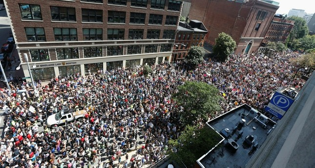 Thousands of counter protesters march to a planned 'Free Speech Rally' on Boston Common on August 19, 2017 in Boston, Massachusetts. (AP Photo)