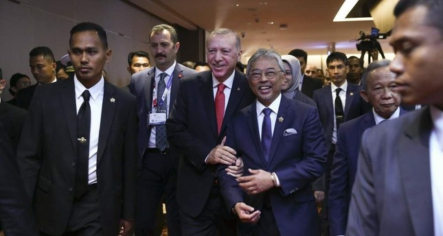 President Recep Tayyip Erdo?an and Malaysian King Sultan Abdullah Ri'ayatuddin before the Kuala Lumpur summit at the royal palace in the Malaysian capital, Dec. 18, 2019. AA Photo