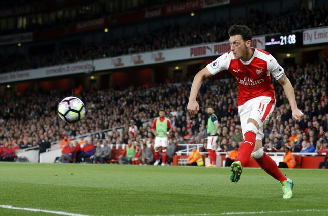 Özil says he experienced discrimination in Germany