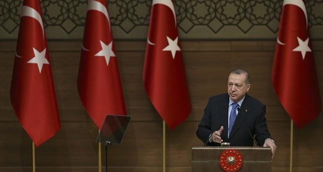 أردوغان: اقتربنا أكثر من مركز عفرين وأتمنى أن تتم محاصرتها تماماً بحلول المساء