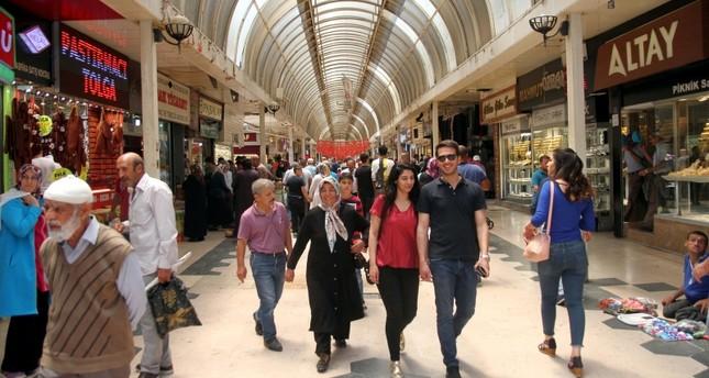 الجمعة أول أيام عيد الفطر في تركيا وغالبية الدول العربية