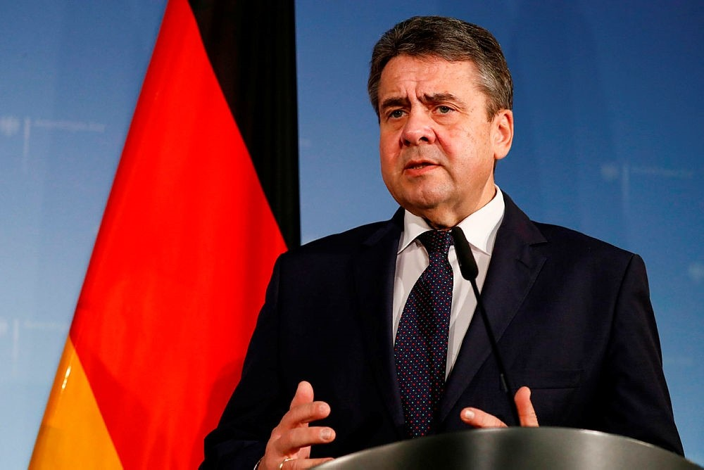 German Foreign Minister Sigmar Gabriel briefs the media after a meeting with his Polish counterpart Jacek Czaputowicz at the foreign ministry in Berlin, Jan. 17, 2018. (AP Photo)