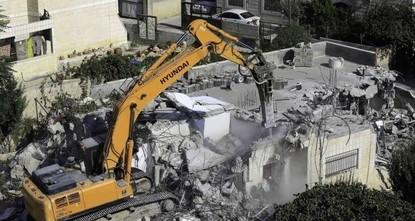 إسرائيل تفجر مبنى أم البنين الخمسة المعتقلين مدى الحياة