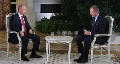 Путин по-немецки призвал к терпению ведущего