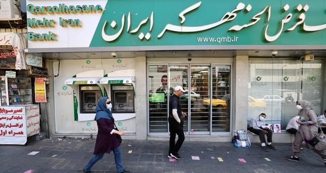 منظر لأحد شوارع طهران الفرنسية