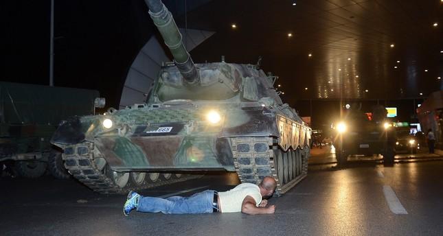 التسلسل الزمني بـالدقيقة لأحداث محاولة الانقلاب الفاشلة في تركيا