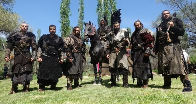 الممثلون في فرقة فدائيي الجيش العثماني (الأناضول)