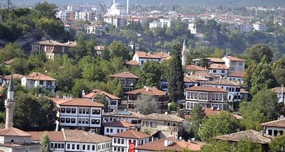 pThe 18th International Golden Saffron Documentary Film Festival, where 183 documentaries will be screened, starts Sept. 29 in Safranbolu in Karabük province. Fatih Ürkmezer, the Committee...